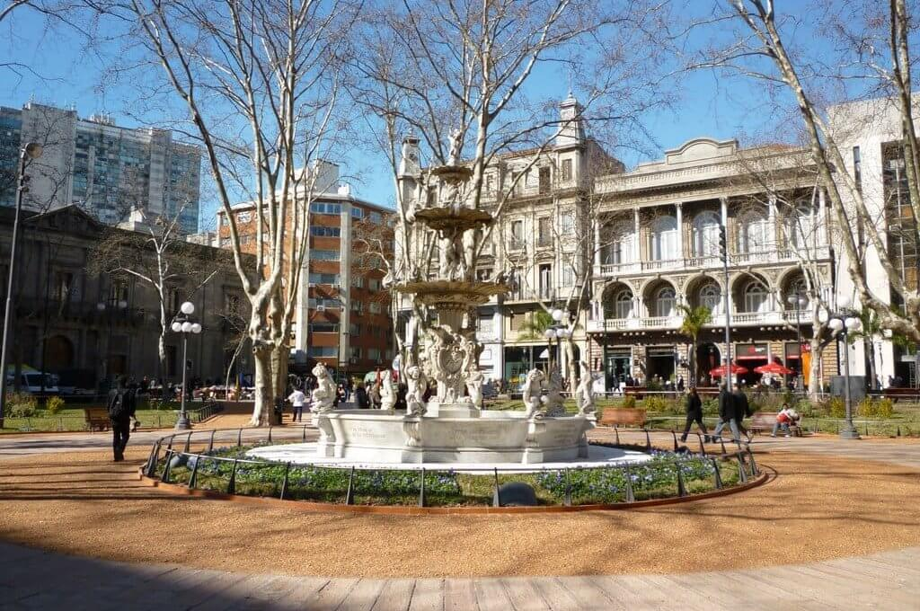Pontos turísticos em Montevidéu: Ciudad Vieja