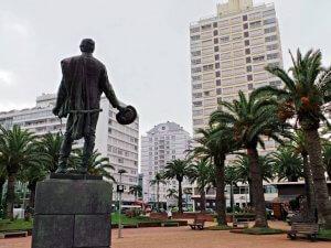 Punta del Este em abril: Plaza General Artigas