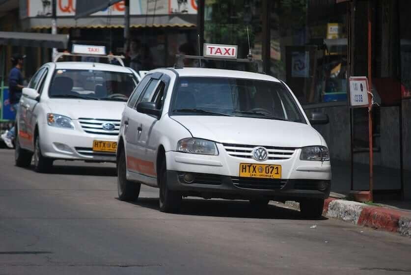Como ir de Punta del Este a Montevidéu: táxi