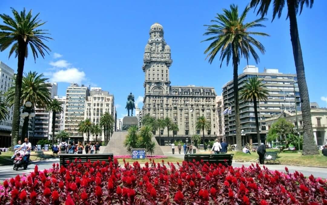 Montevidéu, Uruguai. Foto: Traveltur.