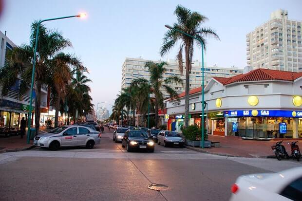 Onde comprar eletrônicos em Punta del Este: Avenida Gorlero