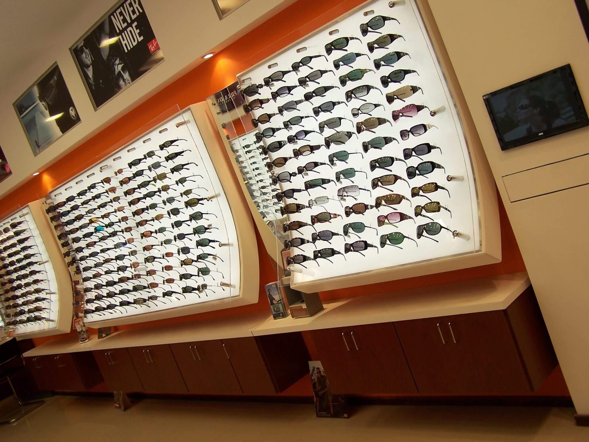 f92ff3907 Onde comprar óculos de sol em Punta del Este  Óptica Florida