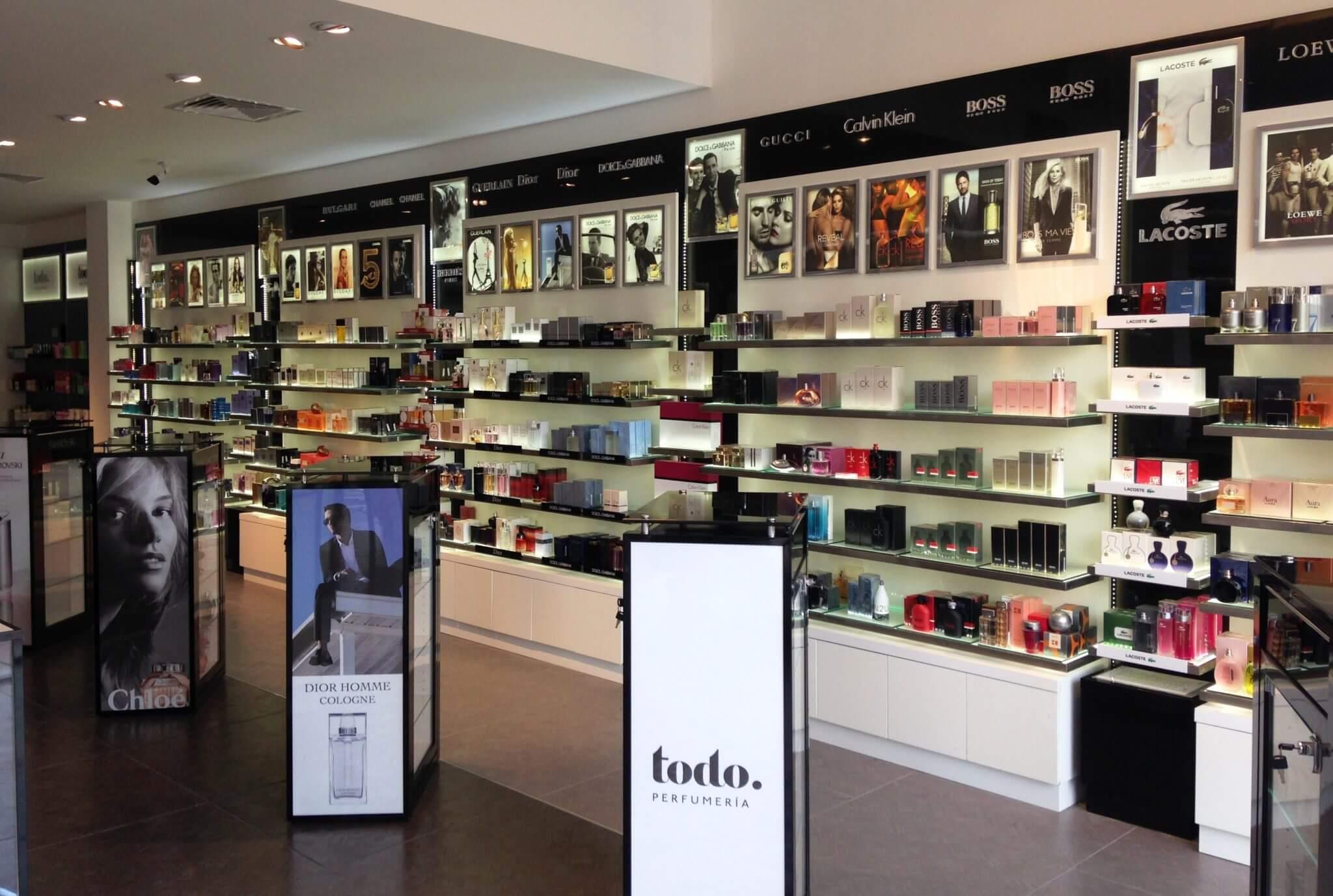 6748d012190 Onde comprar perfumes em Montevidéu - 2019