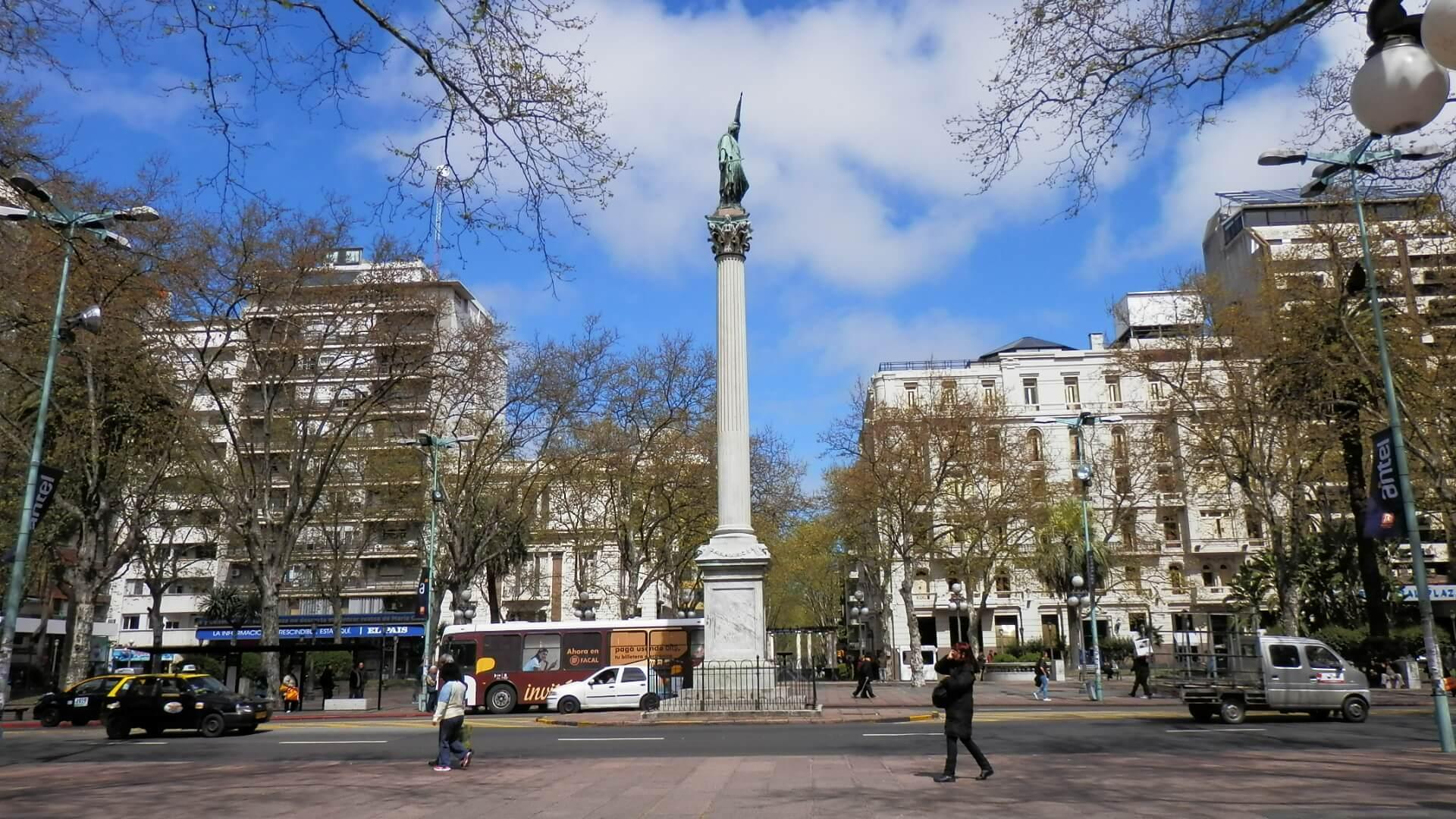 Roteiro de 5 dias em Montevidéu: Plaza Cagancha