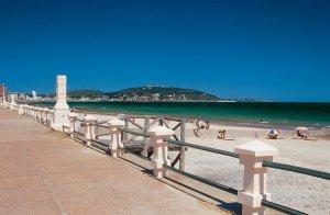 Viagem de carro de Punta del Este a Montevidéu: praia