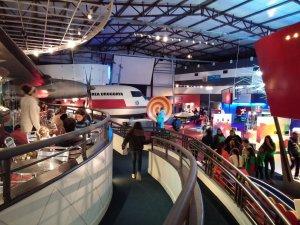 Espacio Ciencia - LATU em Montevidéu: interior