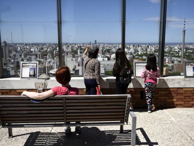 Mirante panorâmico em Montevidéu