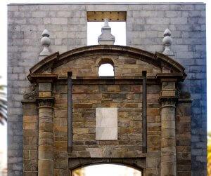 Puerta de la Ciudadela em Montevidéu: Ciudad Vieja