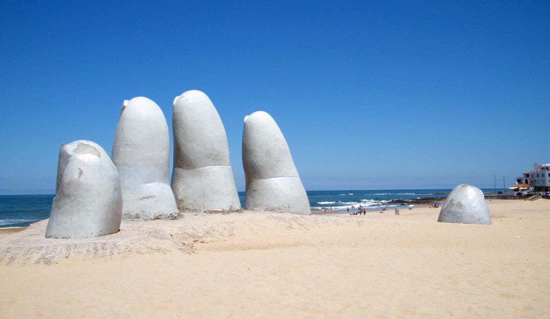 Monumento ao Afogado em Punta del Este