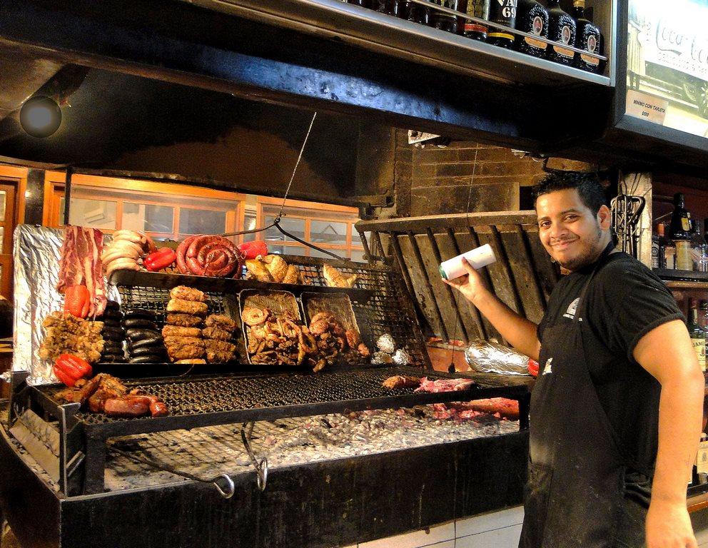 10 atrações imperdíveis para conhecer no Uruguai: carne