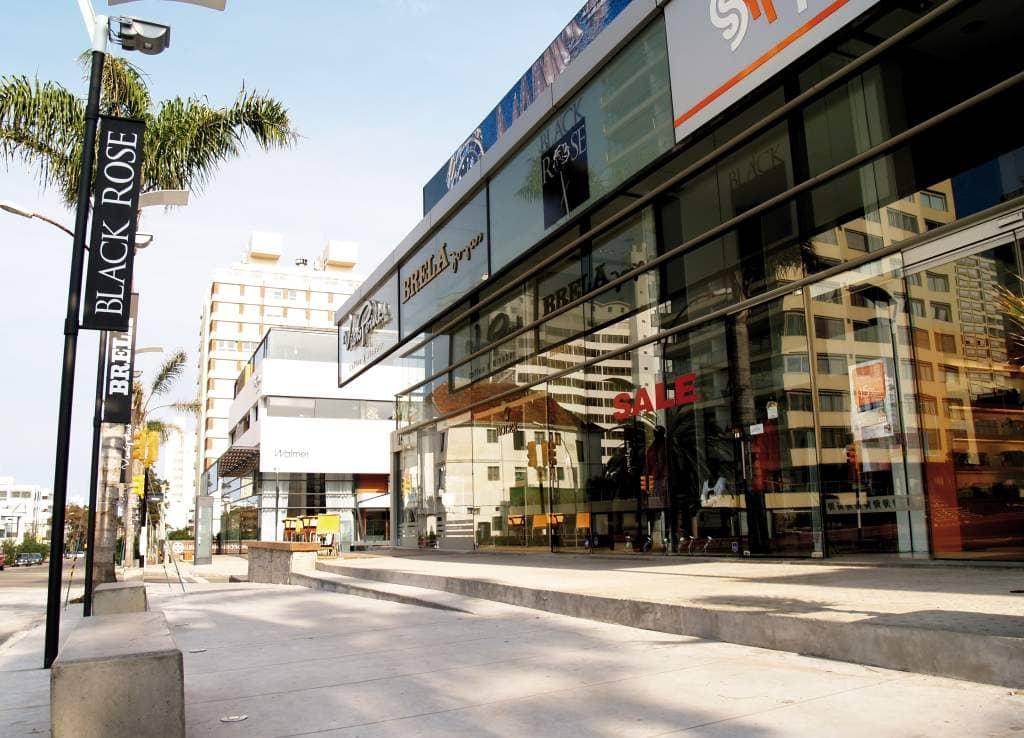 Calle 20 em Punta del Este: lojas