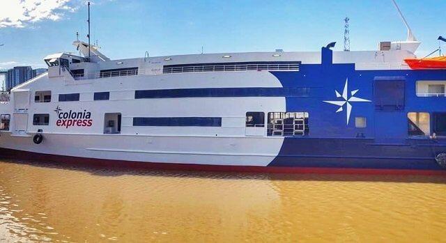Como ir de ferry da Colonia del Sacramento a Buenos Aires